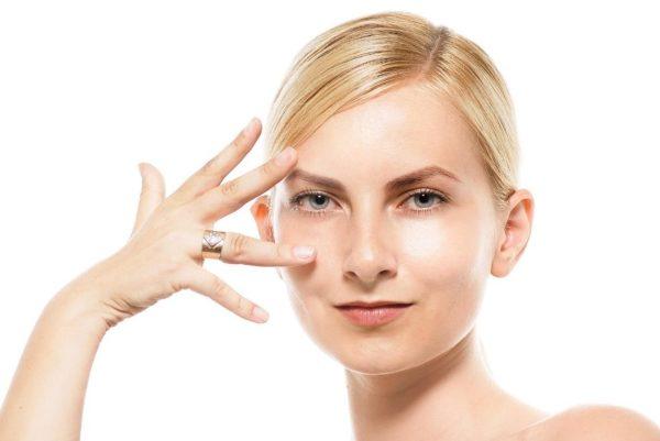 リッドキララは効果なしと思っている方に読んでほしい!目のくぼみやまぶた実感できる使い方